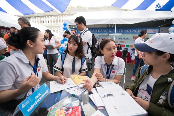 Tư vấn định hướng nghề nghiệp cho học sinh THCS và THPT
